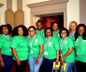 Members of UNCG's Alpha Kappa Alpha Sorority pose for group photo